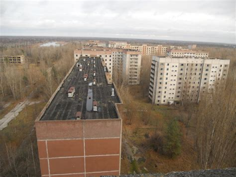 chernobyl    floor apartment block roof complete city guides travel blog