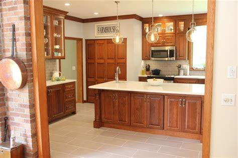 kitchen with cherry cabinets cherry kitchen cabinets titusville pa fairfield 6501
