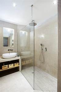 natural and minimalist bathroom salle de bain au style With salle de bain design avec vasque originale salle de bain