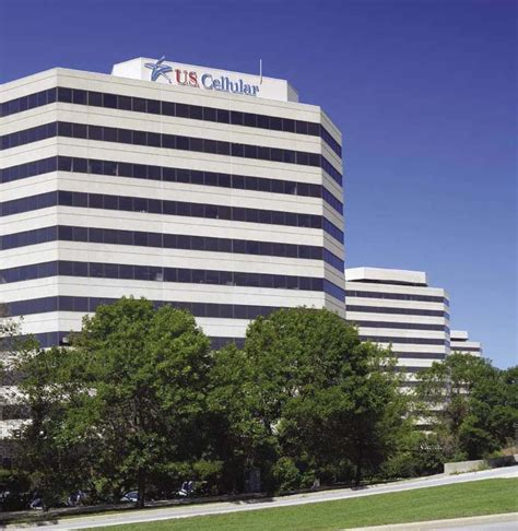 cellular expanding hq  ohare news crains
