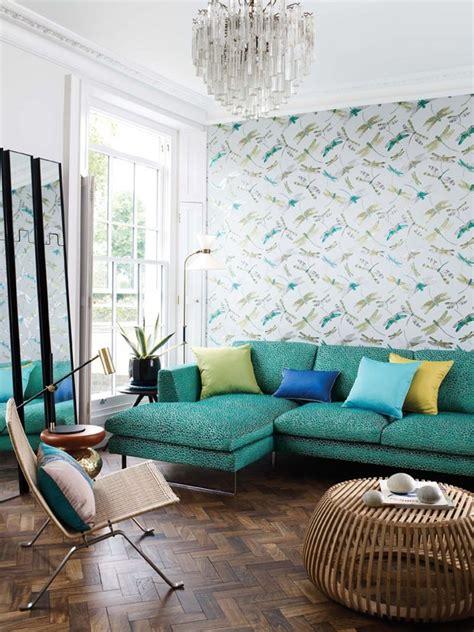 sofa veludo verde escuro top 20 salas verdes decoradas casa vogue ambientes