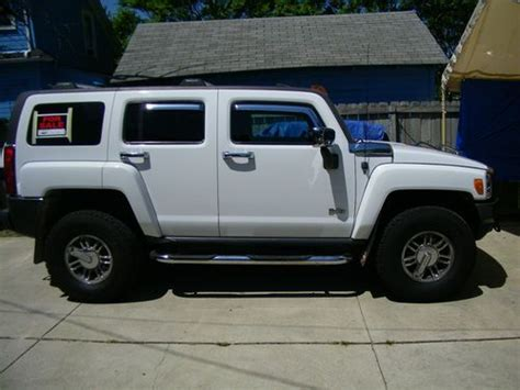 Sell Used 2006 Hummer H3 Adventure Package Sport Utility 4
