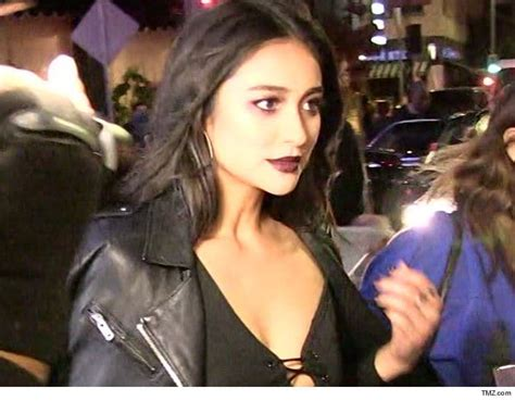 'pretty Little Liars' Star Shay Mitchell Reveals 2018
