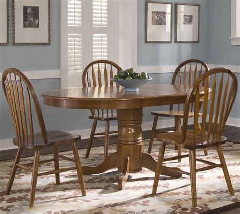 windsor table and chairs oval pedestal dinner table w 4 windsor side chairs by