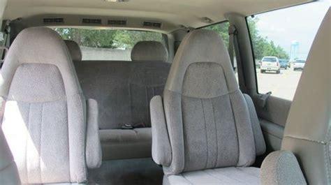 purchase   gmc safari sle  passenger van