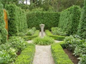 28 Best Small Formal Gardens Images On Pinterest