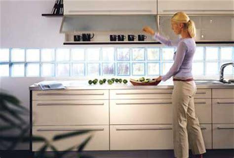brique de verre cuisine saverbat exemple de réalisation cuisine en briques de verre
