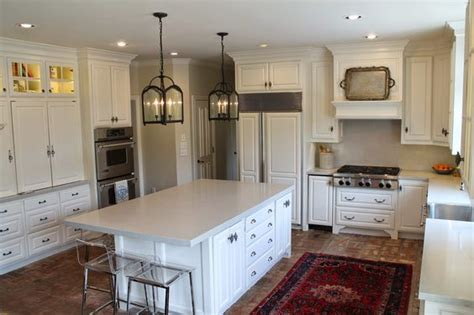 kitchen cabinets manchester the paint throughout the kitchen and family room is 3083