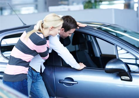 What happens to car insurance after a speeding ticket? Should you ever lease a car? | Clark Howard