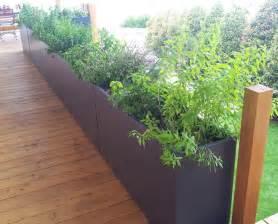 les 25 meilleures id 233 es concernant jardini 232 res en ciment sur pots en b 233 ton pots de