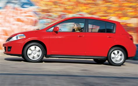 Nissan Economy Car by 2007 Honda Fit Vs 2007 Nissan Versa Vs 2007 Toyota Yaris