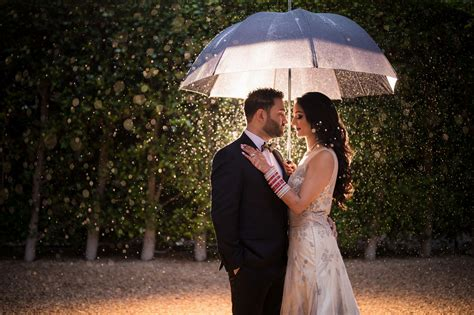 8 Rainy Day Wedding Photography Tips You Need To Know