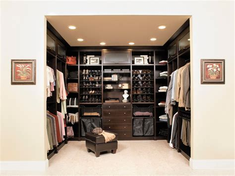 The Best Minimalist And Elegant Closet Design Ideas For