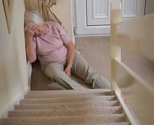 Fall Prevention in Older Adults - Seniors Helping Seniors