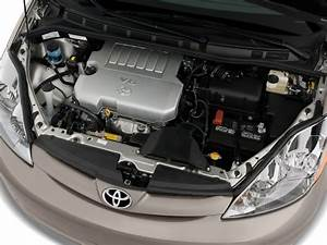 Image  2010 Toyota Sienna 5dr 8