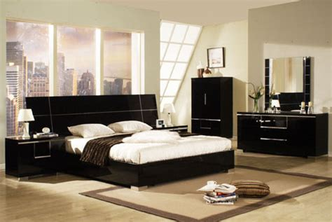 Black Gloss Bedroom Furniture