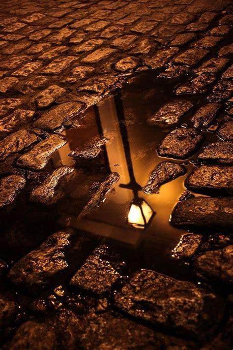 .Уличный фонарь. (Marco Britto) | Reflection photography ...