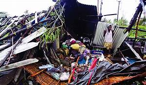 Indian Officials Say Few Deaths in Massive Cyclone ...