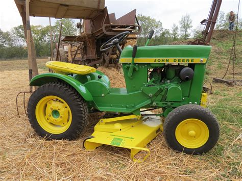 deere x585 lawn and garden tractor lawn mower 4x4