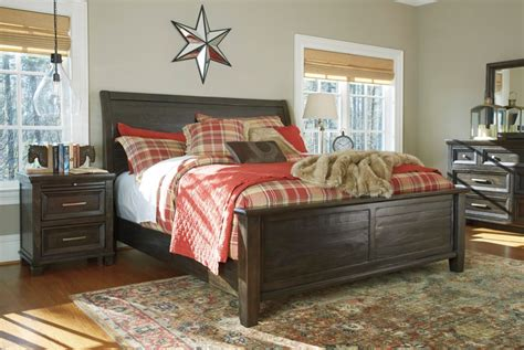Heritage Road's Townser Bedroom Collection, Ashley