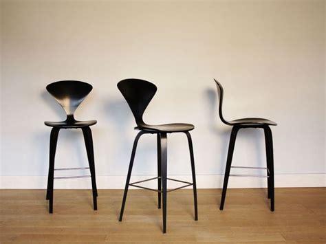 chaise cherner 17 meilleures idées à propos de chaise haute bar sur