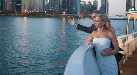 Boat Rental Chicago Wedding by Chicago Yacht Charters Boat Rental