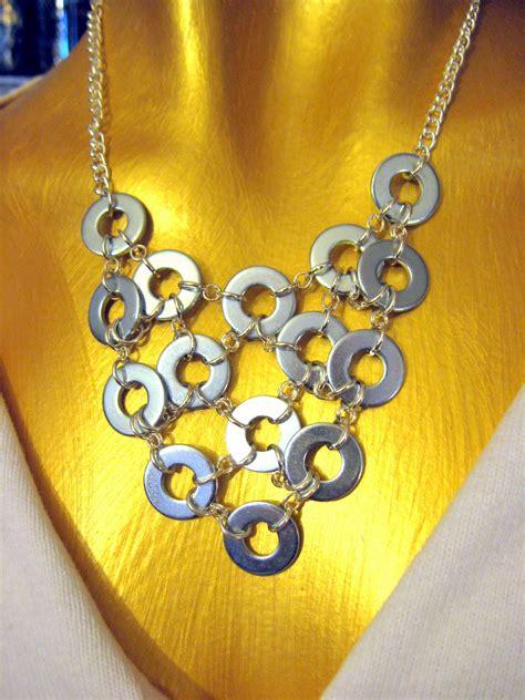 handmade trendy jewelry