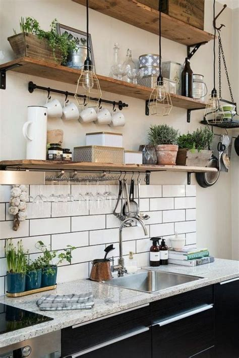 etagere murale pour cuisine le rangement mural comment organiser bien la cuisine