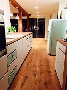 Küche Eiche Weiß : k che wei matt lackiert mit eiche arbeitsplatte ~ Orissabook.com Haus und Dekorationen