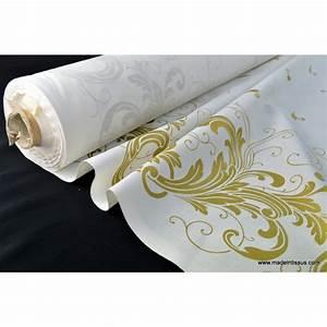 Tissu blanc pour nappe 28 images tissu nappe blanche for Tapis de souris personnalisé avec detacher canapé en tissu