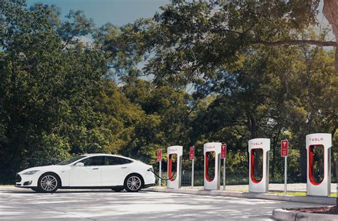 Tesla Supercharger Opening At Port Macquarie, Eventually