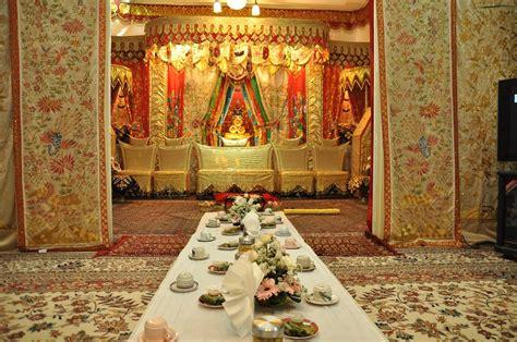 dekorasi penuh makna  dekorasi pernikahan bertema kerajaan