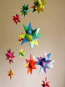 Mobile Basteln Origami : kreative ideen f r mobile basteln zum selbermachen bastelideen deko feiern diy zenideen ~ Orissabook.com Haus und Dekorationen