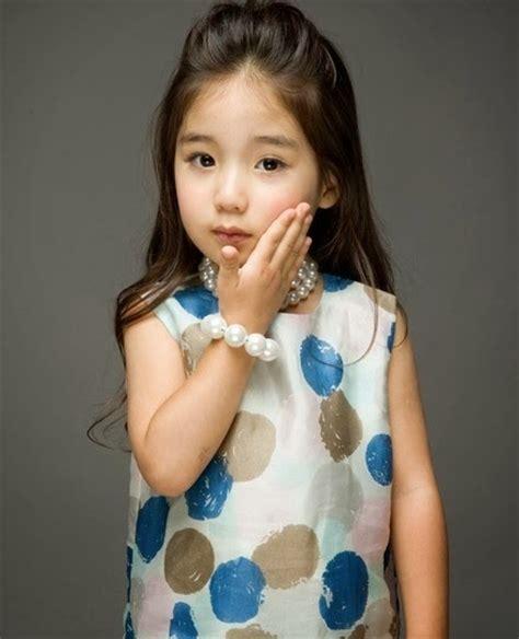 foto bayi perempuan lucu cantik imut galeri gambar
