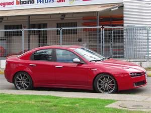 Alfa Romeo 159 Sw Ti : file alfa romeo 159 ti 2011 9604378412 jpg wikimedia commons ~ Medecine-chirurgie-esthetiques.com Avis de Voitures