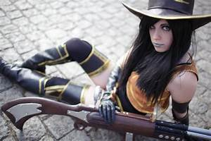 Chillout :: Sheriff Caitlyn Cosplay