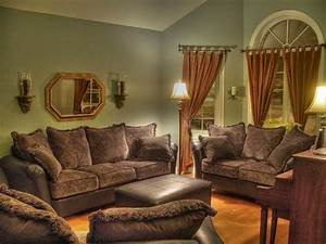 Wall paint color schemes for living room for Living room paint ideas with brown furniture