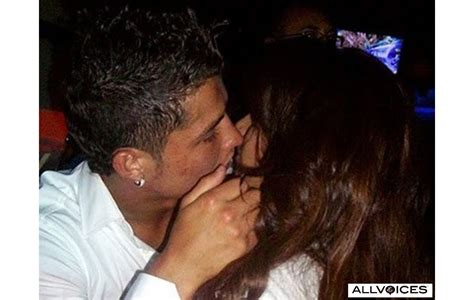 Romantic Celebrity Kiss Kim Kardashian And Cristiano