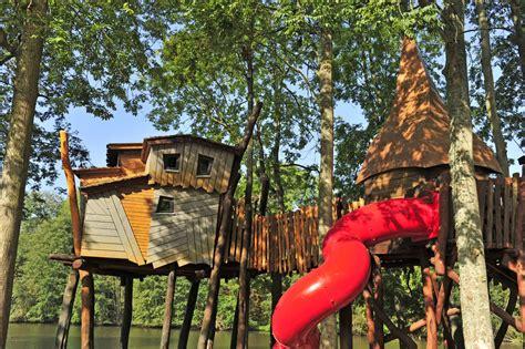 maisons dans les arbres cing holidays treehouses in family holidays in tournan en brie ile de