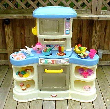 tikes country kitchen price tikes country family kitchen fiher price 9045