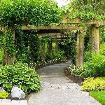 nice sturdy arbor walkway   smaller version