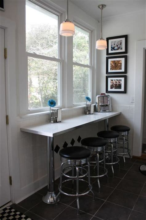 Debbie's Counter Bar and Bar Stools: Home Seating Area