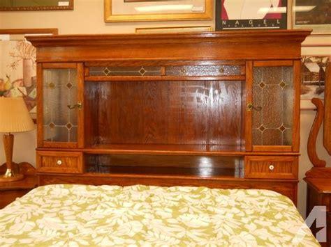 pc maple master sz bedroom set produced  pulaski