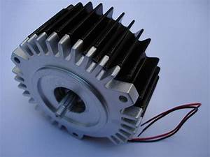 2 Kw Bldc Motors With Controller  Speed  3000 Rpm  Voltage
