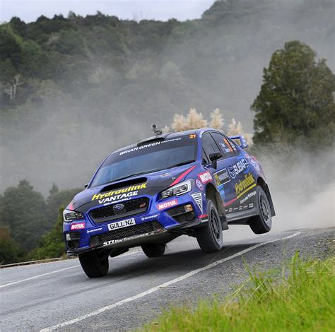 hunt  home  subaru wrx sti   otago rally