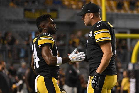 Antonio Brown Benched for Missing Practice, Requests Trade ...