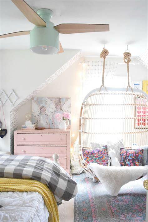 Bedroom Fan Lights by 25 Best Ideas About Bedroom Ceiling Lights On