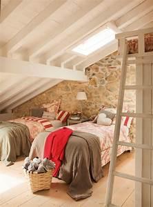 Amenagement Chambre Ado : 1001 exemples parfaits d 39 une chambre sous combles ~ Teatrodelosmanantiales.com Idées de Décoration