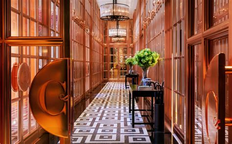 rosewood hotel accessible antiquity   heart  london