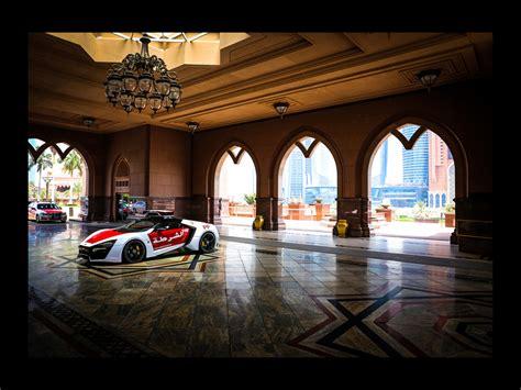 2018 W Motors Lykan Hypersport Abu Dhabi Police 7